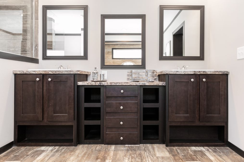 The THE FRANKLIN XL Master Bathroom. This Manufactured Mobile Home features 4 bedrooms and 2 baths.