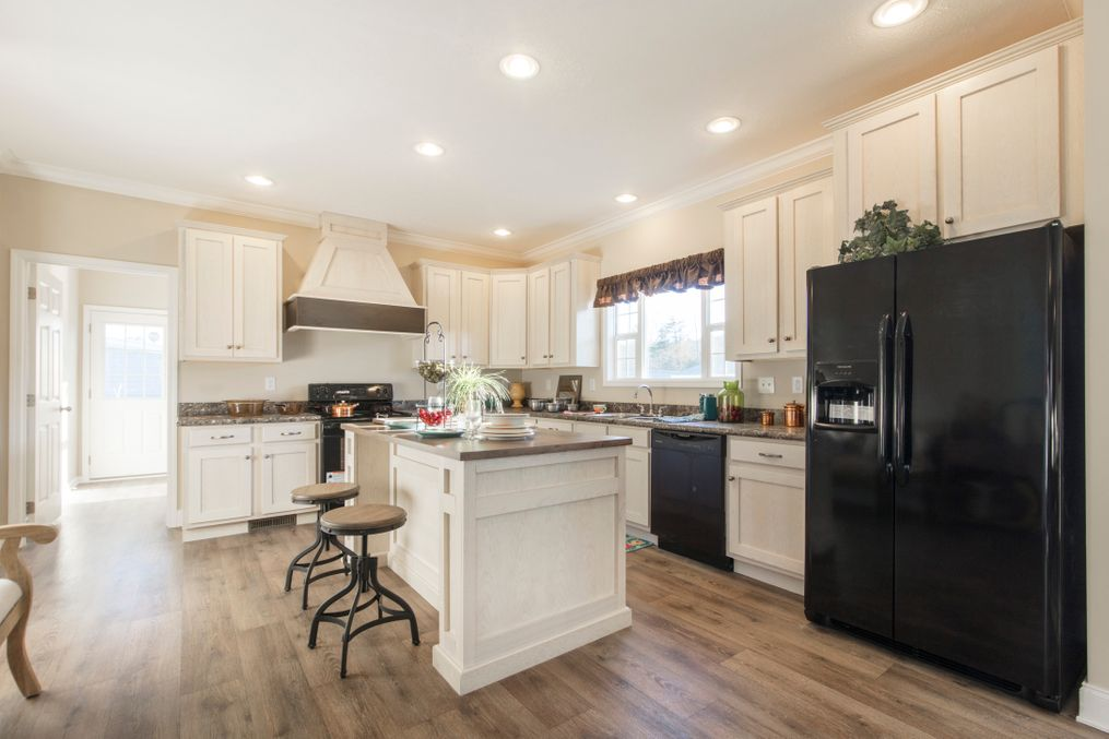 The 3549 JAMESTOWN Kitchen. This Manufactured Mobile Home features 3 bedrooms and 2 baths.